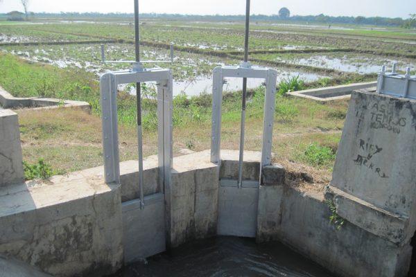 Pintu Air Proyek Sukoharjo