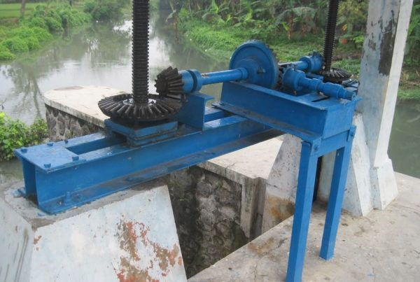 Proyek Pintu Air Cabang Bendung Jaban