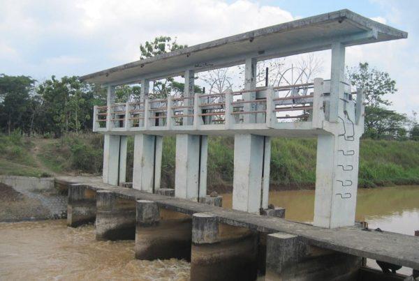 Proyek DAM Colo Timur